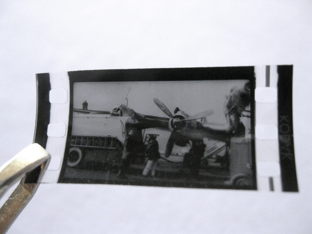 Échantillon de microfilm, années 1950 / Tirage de Luxe OW!